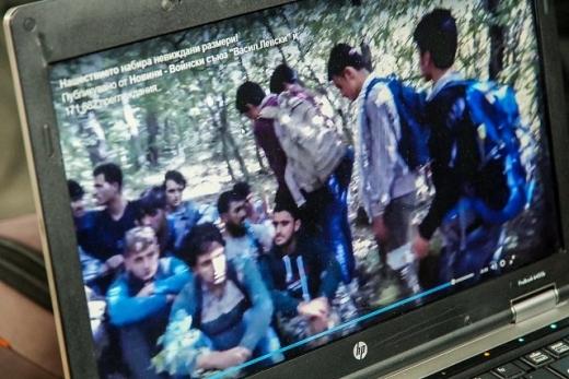 Доброволец разкри потресаващи подробности за бежанците, които заливат страната ни