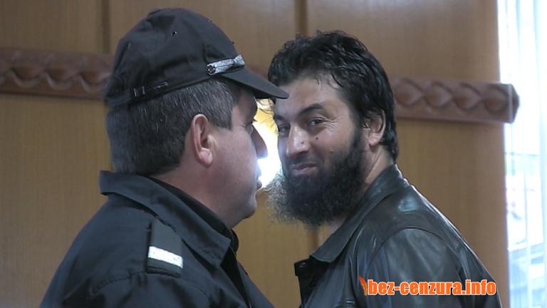 Пуснаха срещу 5000 лева Ахмед Муса Ахмед ! Сега той е свободен да прави разпалки от Християни за зимата !