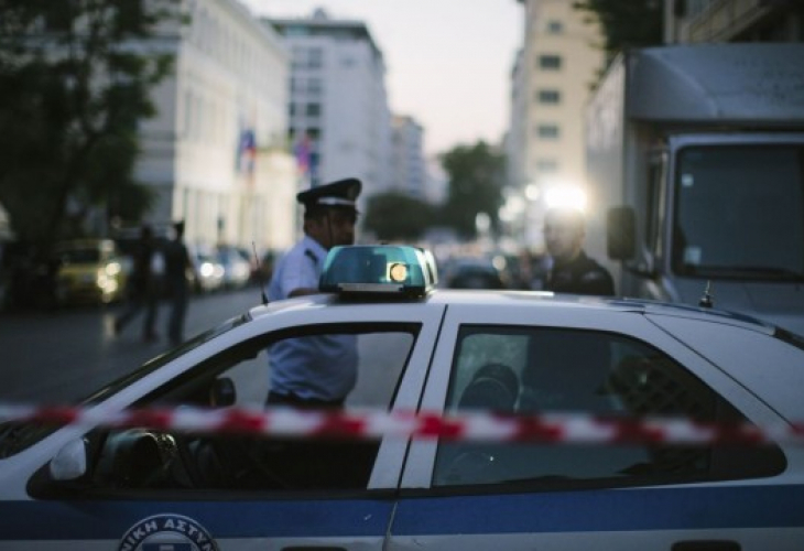 Двама нашенци подлудиха квартала на богаташите в Солун, издирват ги в цяла Гърция