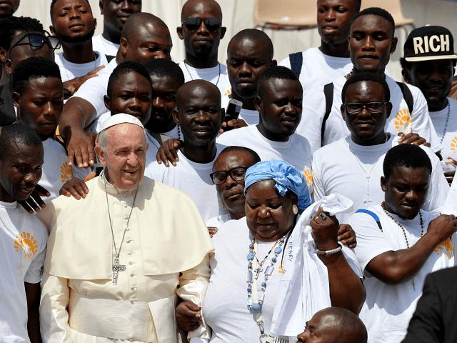 Папа Франциск ще направи служба за мигрантите